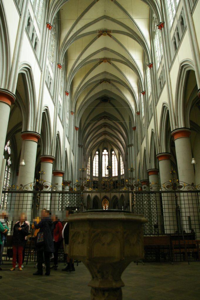 Insgesamt ist die Kirche in ihrer Gestaltung sehr zurückhaltend, aber dennoch schön
